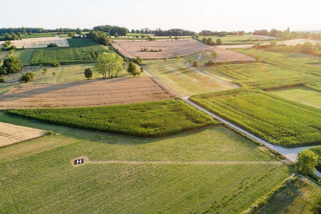 Vue aérienne de l'héliport provisoire
